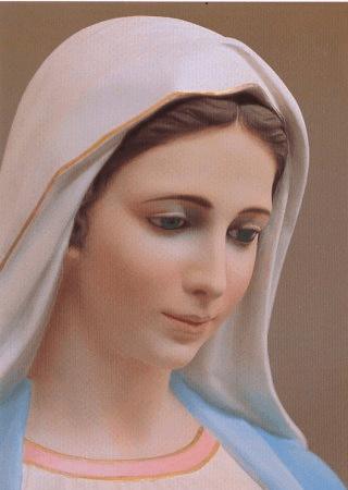 """""""Cari figli, vi invito a pregare, affinché dai vostri cuori sgorghi una fonte di amore su tutti gli uomini"""". La Madonna a Medjugorje"""